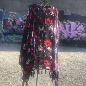 Mudpie floral kimono with tassel hem